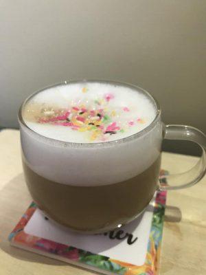 コーヒーショップ ドルチェグスト