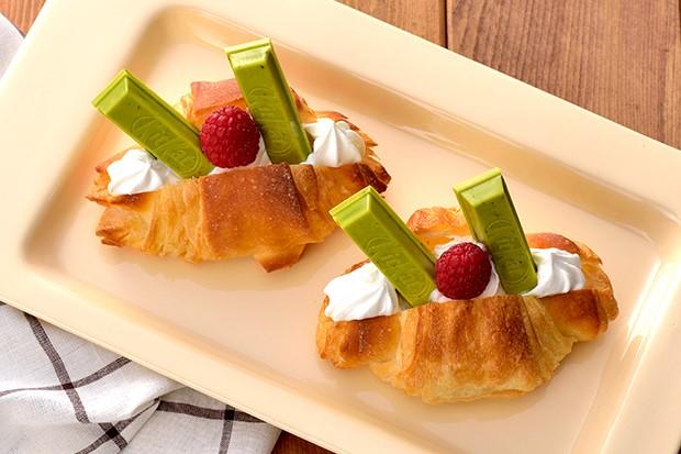 【レシピ】キットカット ミニ オトナの甘さ 濃い抹茶のクロワッサンサンド
