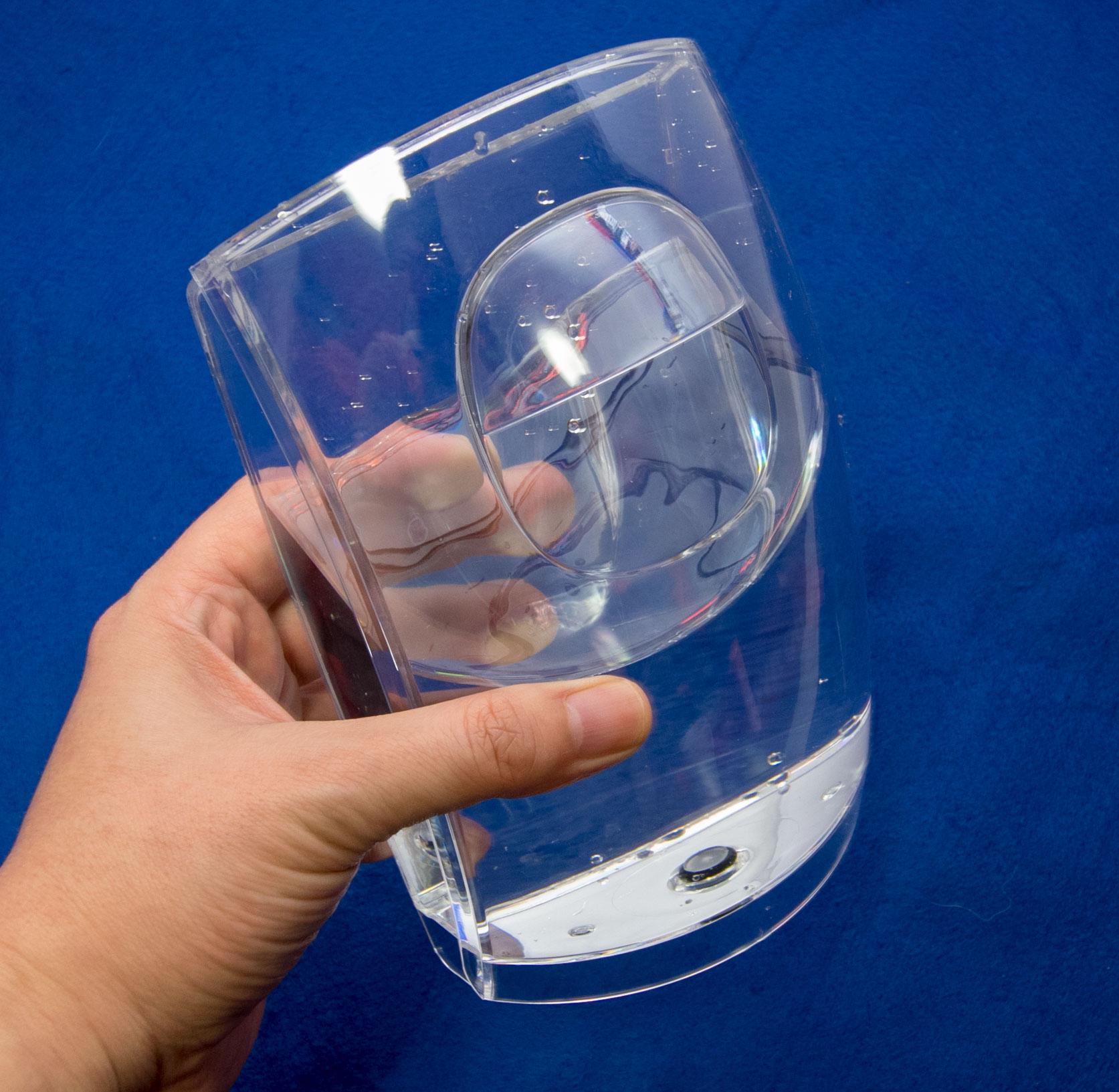 給水タンクを洗浄し給水する