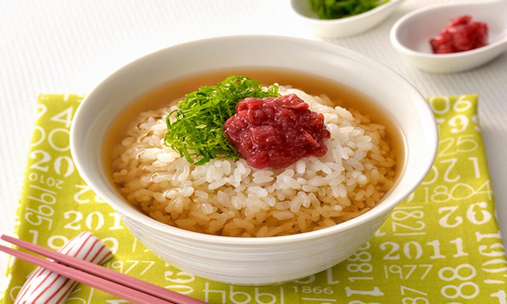 【レシピ】「ネスレ スペシャル.T」でつくる 梅干しのだし茶漬け