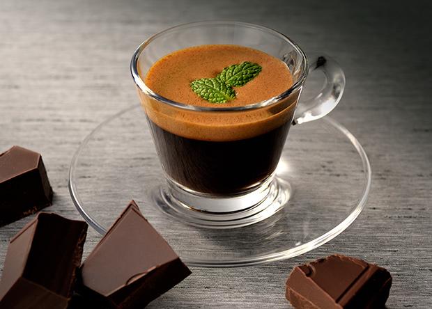 【レシピ】「バリスタアイ」で作る チョコミントエスプレッソ