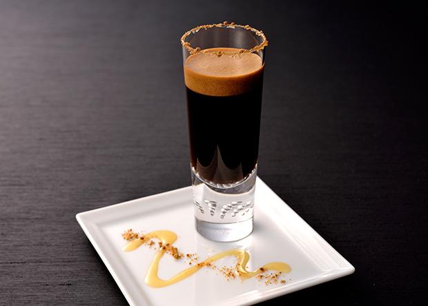 【レシピ】「バリスタアイ」で作る 黒糖香るカクテル風エスプレッソ