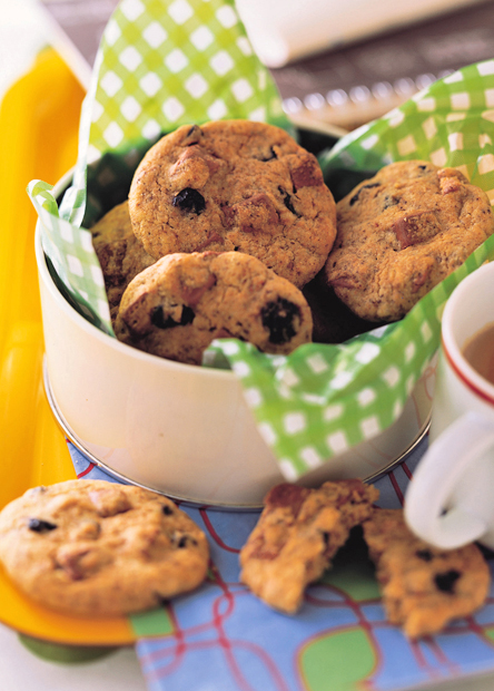 【レシピ】キットカット入りブルーベリー・クッキー